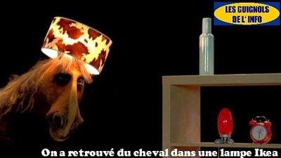 lampe-ikea-cheval-guignol-info