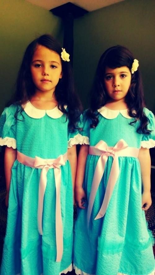 Meilleurs déguisements d'enfants d'Halloween : jumelles Shinning