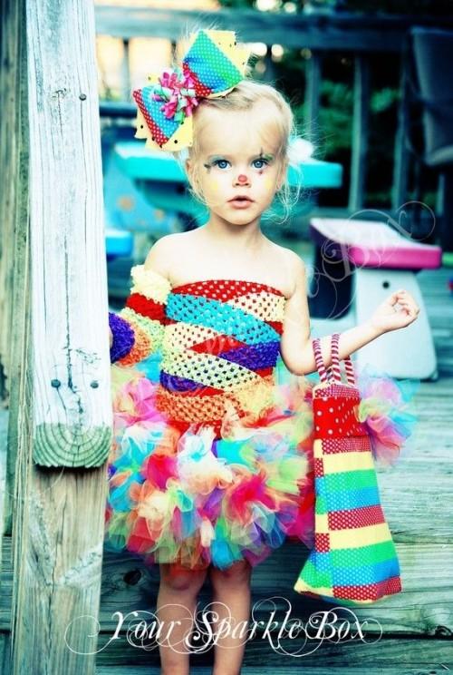 halloween-déguisement-fille-coloré