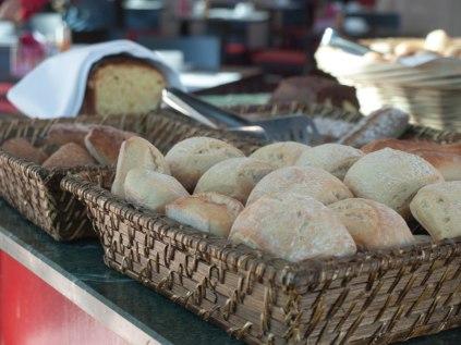 petit-dejeuner-aquabella-provence