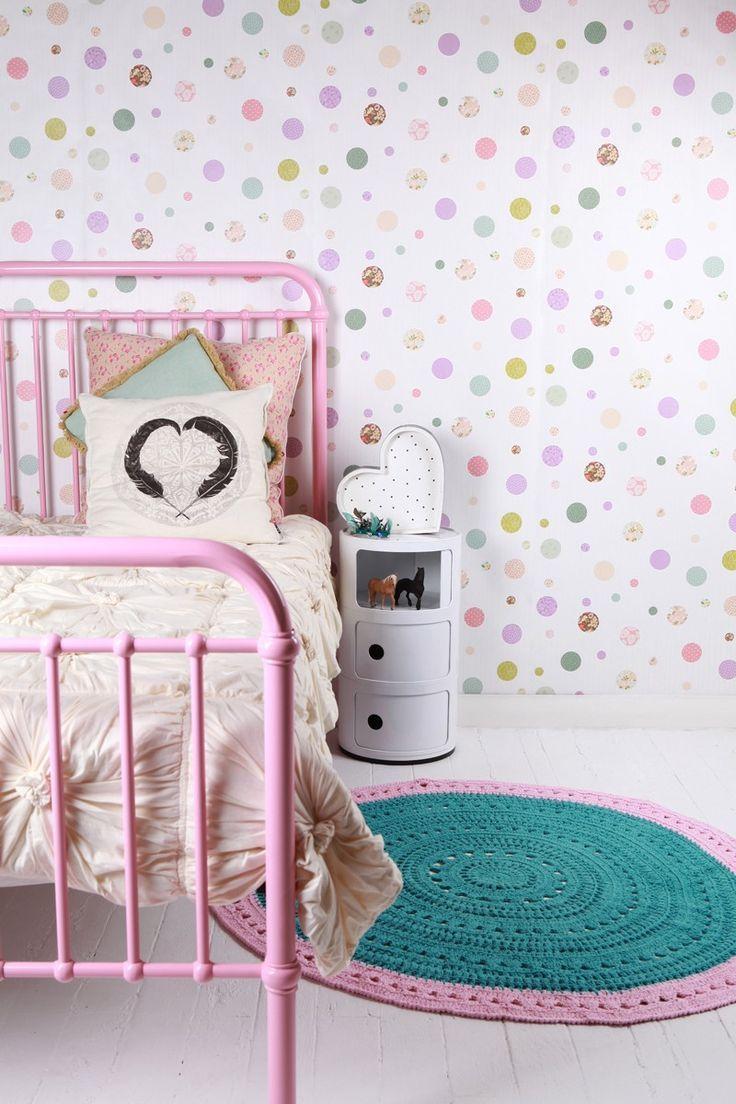Décoration de jolies chambres de petites filles avec du papier peint