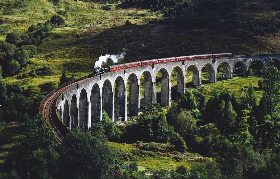 Viaduc de Glenfinnan, où passe le Poudlar Express dans Harry Potter (Ecosse)