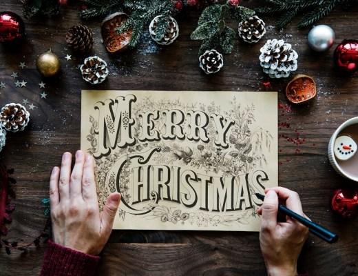 Offrir un coffret cadeau pour Noël à un couple