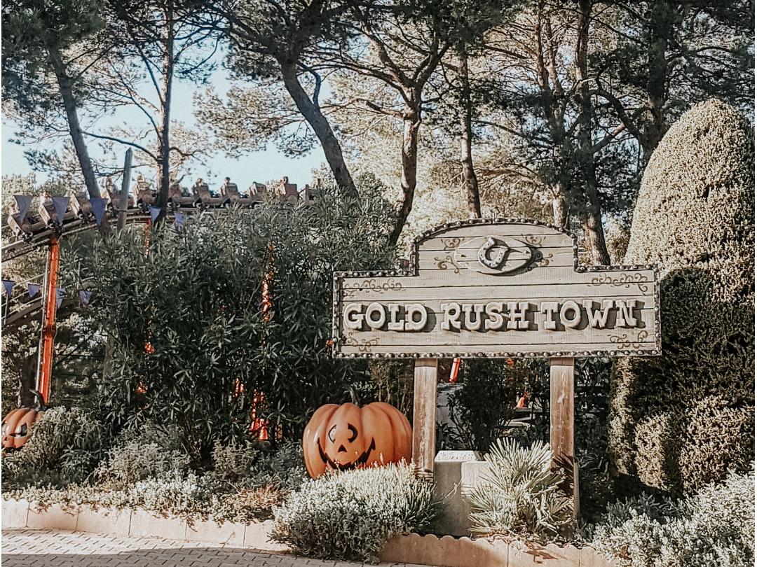 OK Corral à Halloween en famille