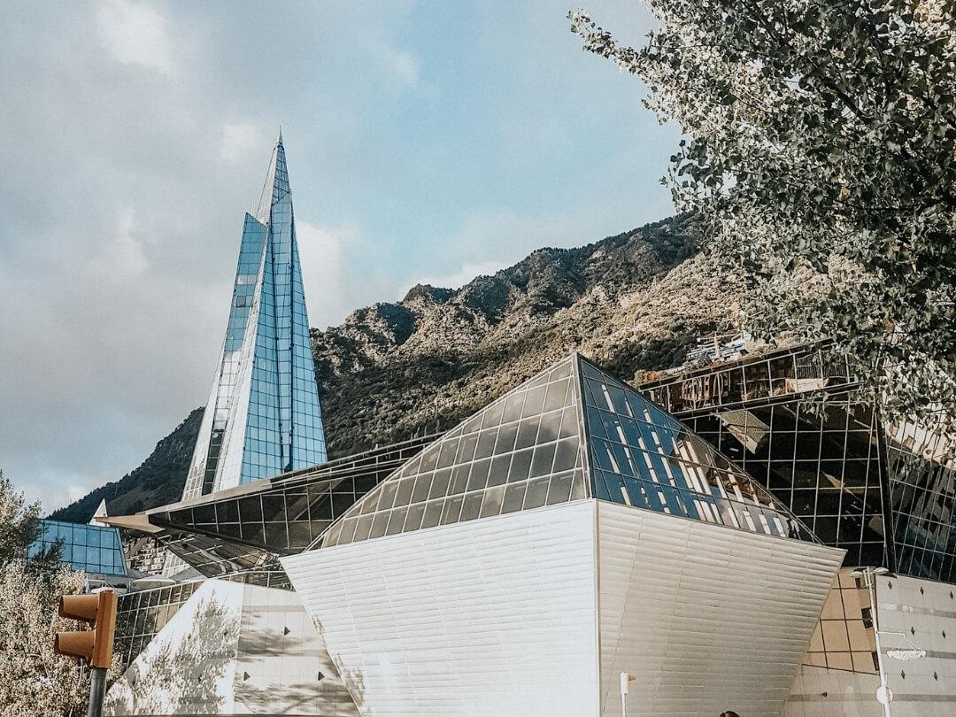 Découverte en famille du spa Caldea à Andorra la Vella