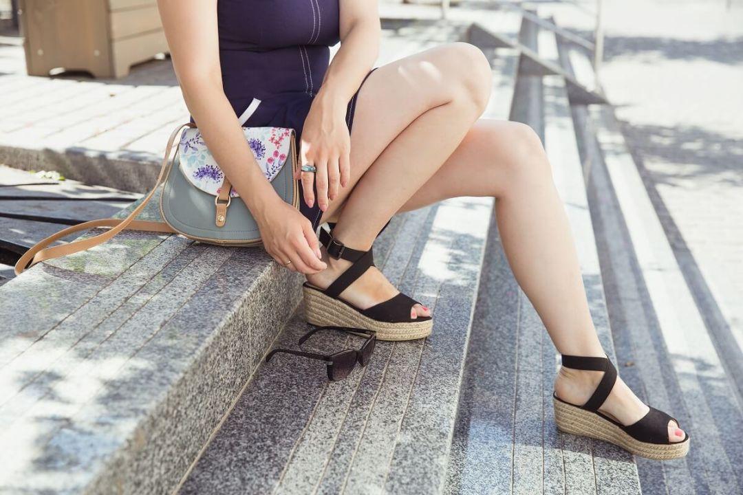 Chaussures femmes tendance printemps 2019 : les espadrilles compensées