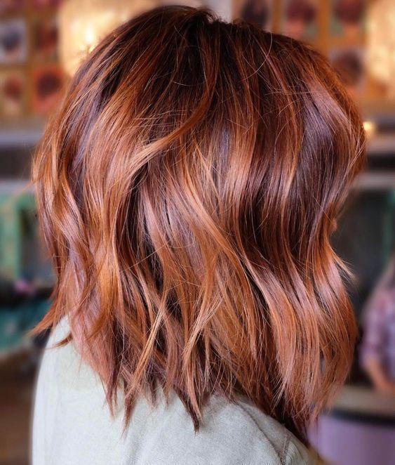 Carré court wavy roux #carré #wavy #bob #coiffure #cheveux #hairstyle