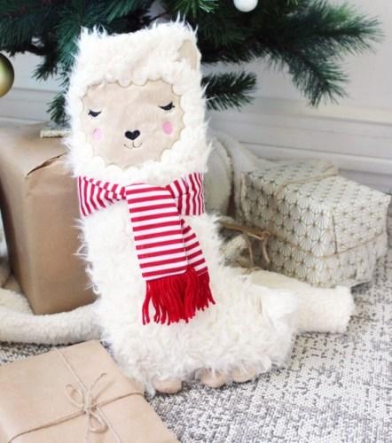 Les chaussettes lama à mettre au pied du sapin de Noël