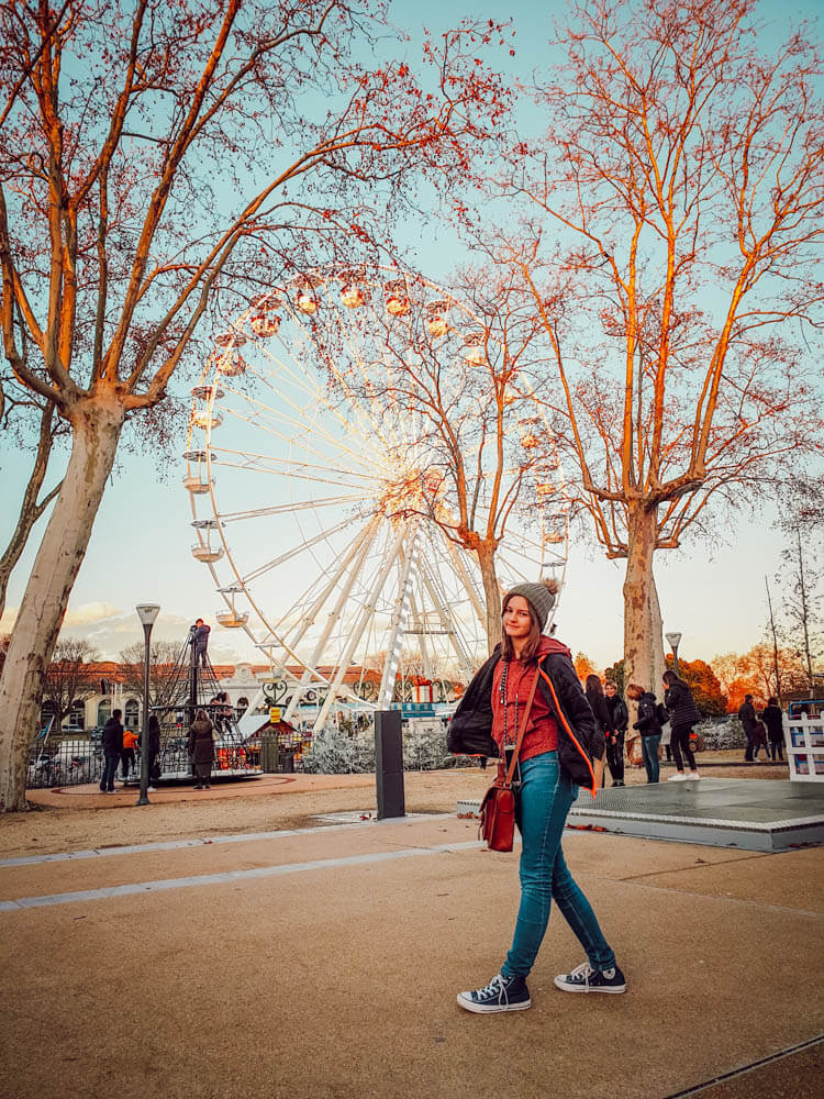 Grande roue du marché de Noël de Carcassonne (blogtrip famille)