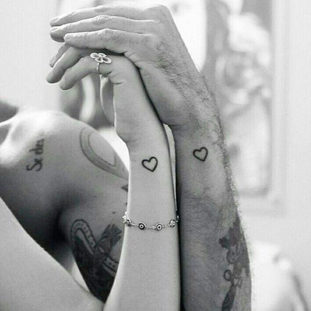 Idée de tatouage à faire en couple : les coeurs