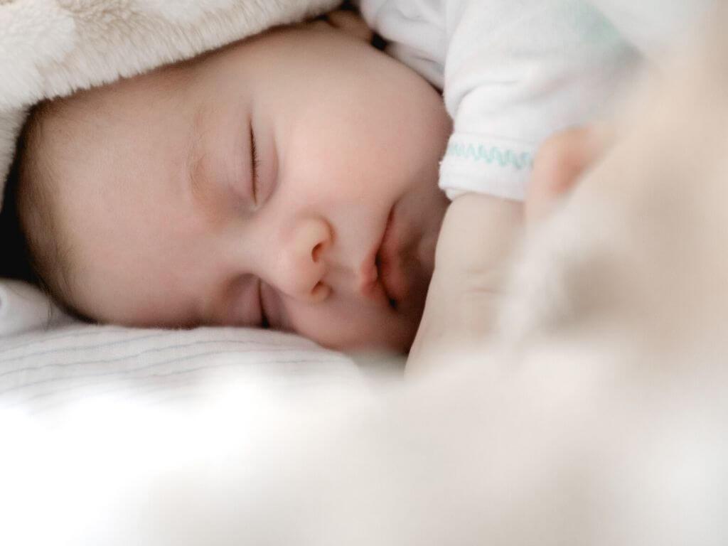 liste des 10 essentiels à avoir pour la naissance de bébé de 10 super mamans blogueuses