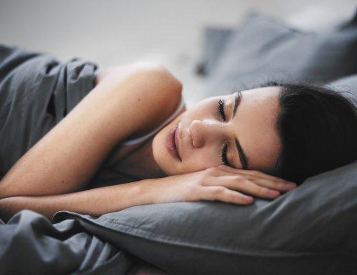 Gagner du temps en dormant