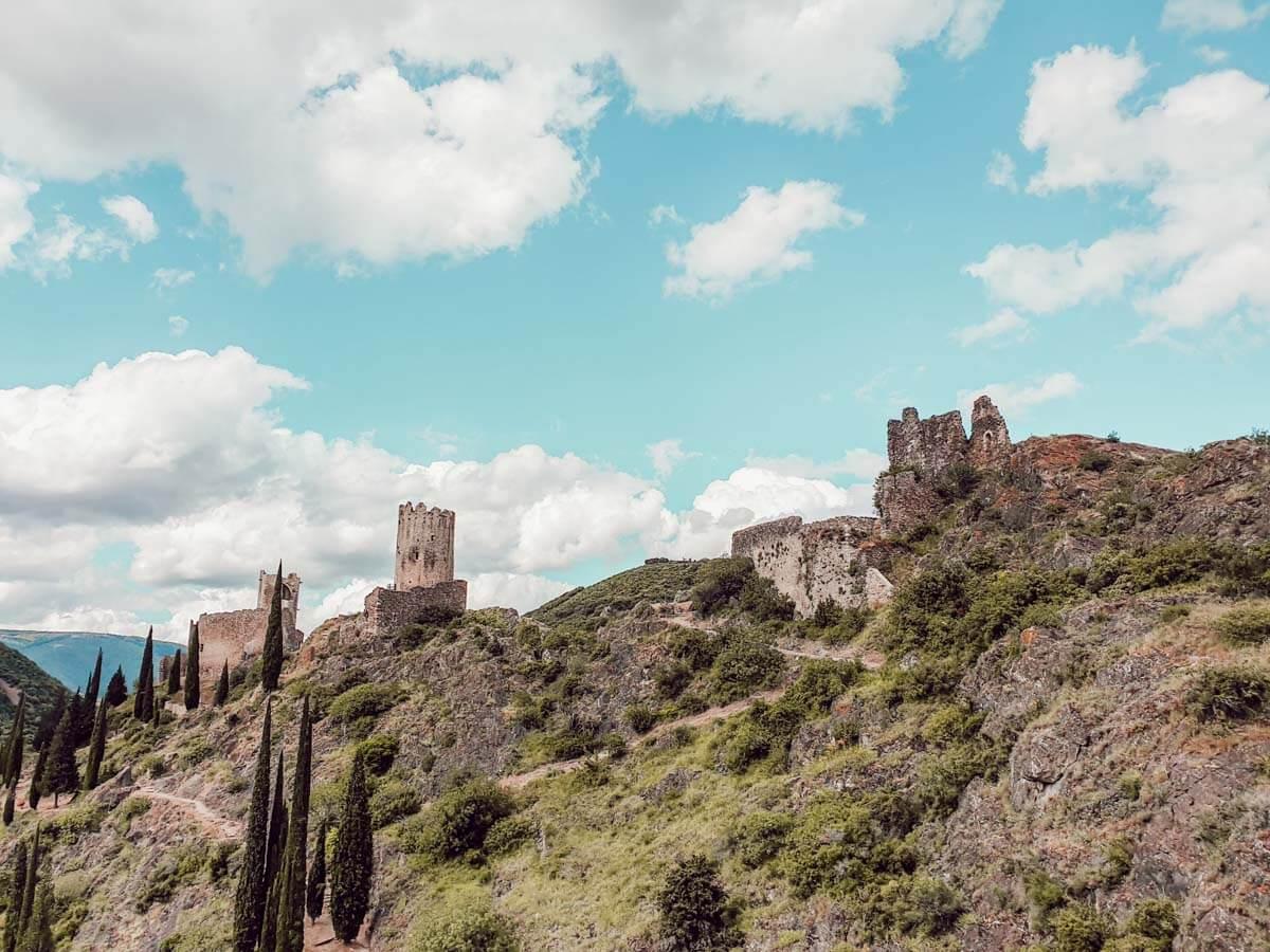 Visite des Châteaux de Lastours en famille (blogtrip famille Aude)