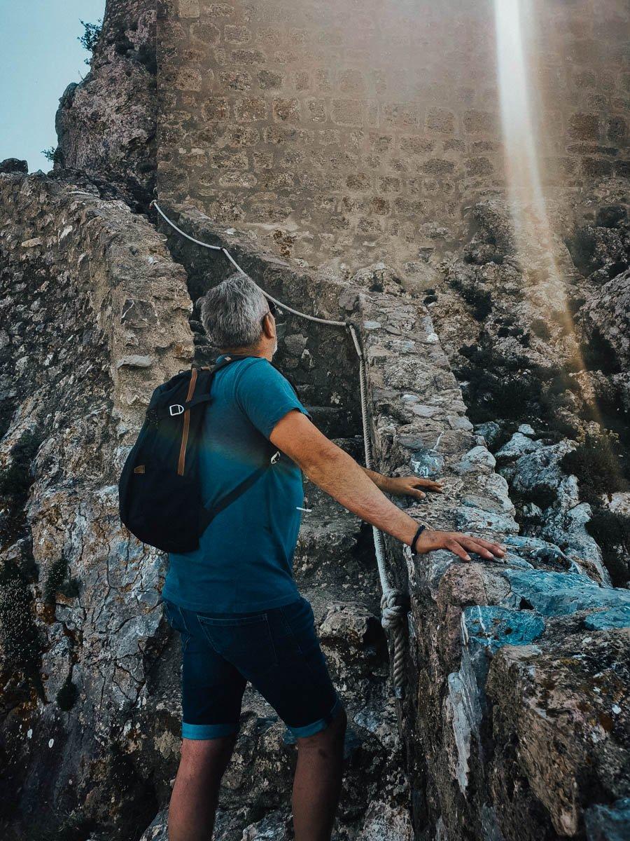 Visiter le château de Quéribus dans l'Aude en famille