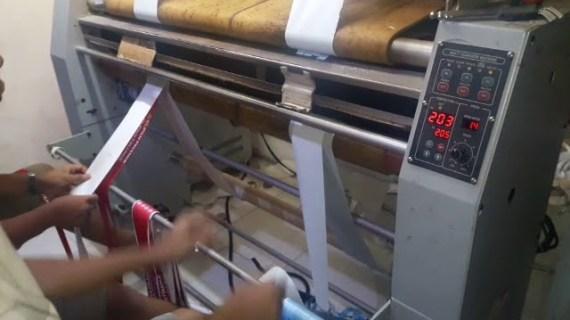 Proses Pembuatan Tali ID Card Printing Mesinnya Canggih Bener!