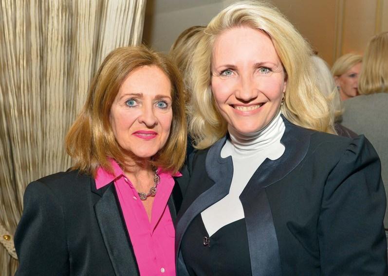 Birgit Saatrübe-Möllers (Art Consulting) und Yvonne Trübger (Pianohaus Trübger)