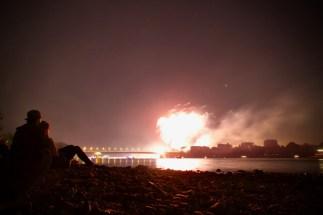 Feuerwerk gucken am Rheinufer