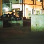 Betonklötze vor dem Kulturzentrum