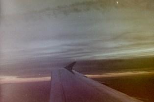 EW 814 - Sonnenuntergang über den Alpen auf dem Weg nach Venedig. Mit der Zorki4K auf Fuji Superia 800er Film