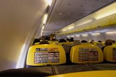 FR 185 - Blick in die Ryanair Kabine