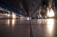 Abendsonne am Frankfurt Flughafen Fernbahnhof