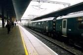 Reading Station - Warten auf den Zug nach London