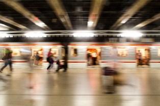 Unscharfe und Verwackelt: Meine letzte Metro, vor der Abreise