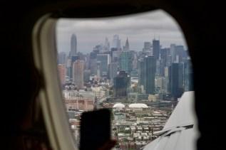 AA 3962 - Blick auf Manhattan beim Anflug nach La Guardia