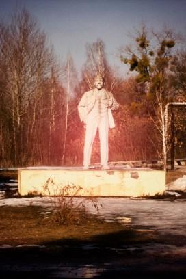 Eines der letzten Lenin Denkmäler der Ukraine steht in Tschernobyl