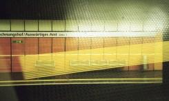 Doppelbelichtung U-Bahn Bonn - Gelbe Streifen