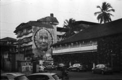 Straßenszene mit Wandbild in Panjim