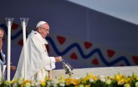 El sismo, huracán y el bálsamo que envió Papa Francisco
