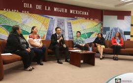 """Conversatorio por el """"Día de la Mujer Mexicana"""" en el TSJVER"""