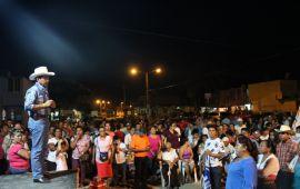¡VAMOS A DESPERTAR A COATZACOALCOS!:TRONCO