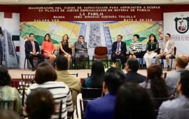 Continuarán convocatorias a concursos de oposición de plazas: Edel Álvarez