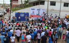«¡JUNTOS VAMOS A DEFENDER A COATZACOALCOS!»: TRONCO