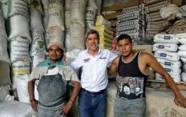 Hernández Villalpando candidato a Diputado Federal por el Distrito 10 de Xalapa Visita la colonia Benito Juárez