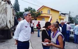 Hernández Villalpando recibe más muestras de apoyo de colonos de Xalapa