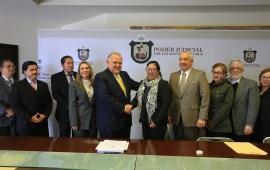En el TSJVer, Edel Álvarez y Sindicato del Poder Judicial signan las Condiciones Generales de Trabajo para el periodo 2018-2020