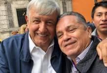 AMLO y el catemaqueño Leonel Cadena Martínez…