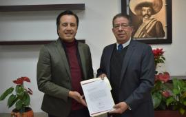 Pozos Castro, recibe solicitud de Cuitláhuac García para tomar el poder el 1er minuto de diciembre