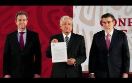 Ya firmó iniciativa, revoca Reforma Educativa de Peña Nieto