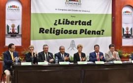 Diputado Pozos Castro celebró la realización delforo ¿Libertad religiosa plena?