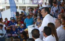 Inaugura Cuitláhuac campeonato nacional de natación
