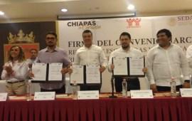 Infonavit firma convenio para simplificar escrituración en Chiapas