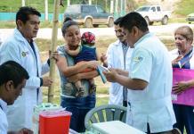 Lleva Secretaría de Salud jornada médica a comunidad de Minatitlán