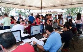 Brigadas Itinerantes regularizan documentos en Minatitlán