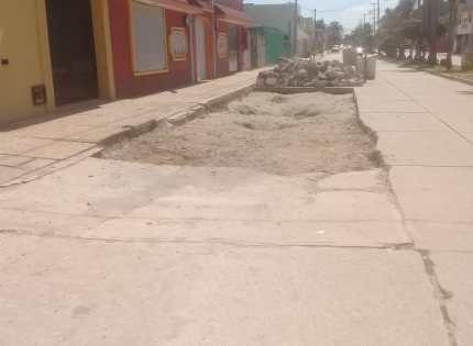 """Avanza """"Programa de bacheo"""" en diversas zonas de Coatzacoalcos"""