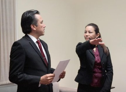 Primer cambio de Cuitláhuac García, Mercedes Santoyo nueva titular de la Contraloría General del Estado