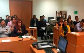 Magistrado Víctor Rincón imparte curso sobre elementos mercantiles, civiles y familiares de la oralidad en Veracruz